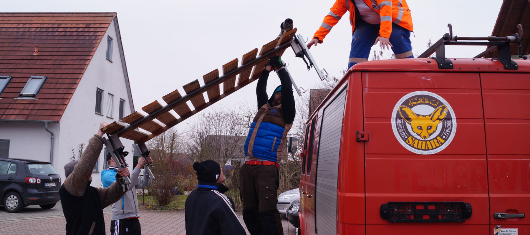 Daimler 508 - Dachträger nicht soooo leicht...