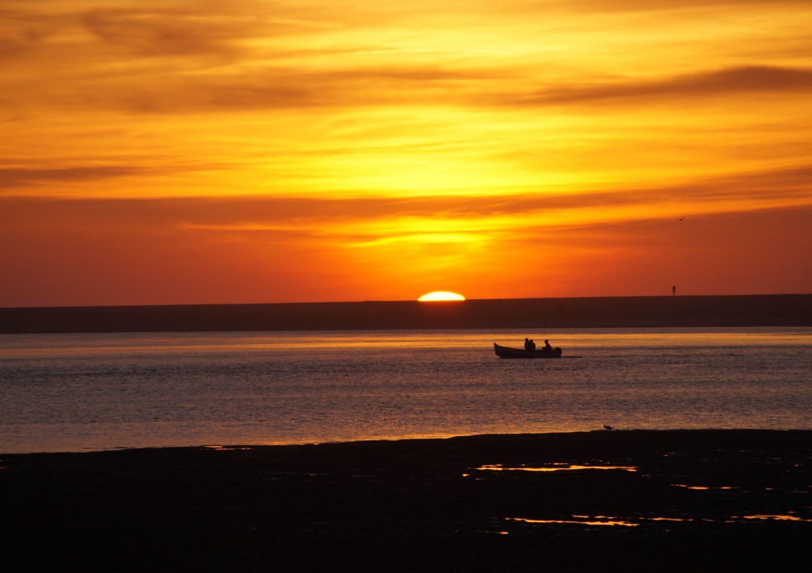 Sonnenuntergang in der Bucht